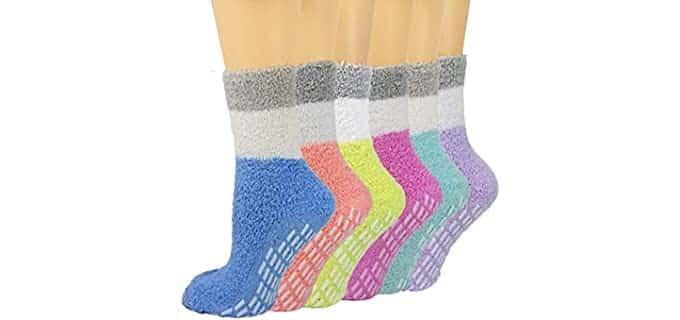 Debra Weitzner Women's Plush - Fuzzy Slipper Socks